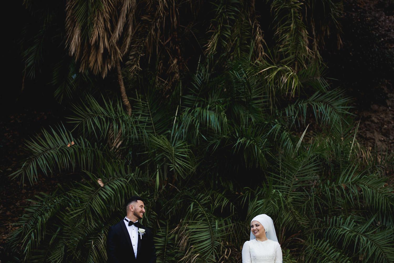 Newlyweds Photoshoot at Big Tree Kings Park